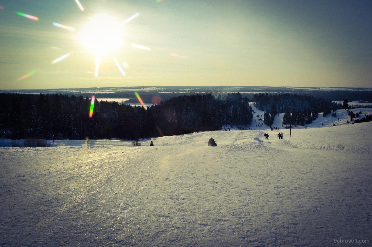 Горные лыжи и сноуборд на базе Снегирь под Глазовом