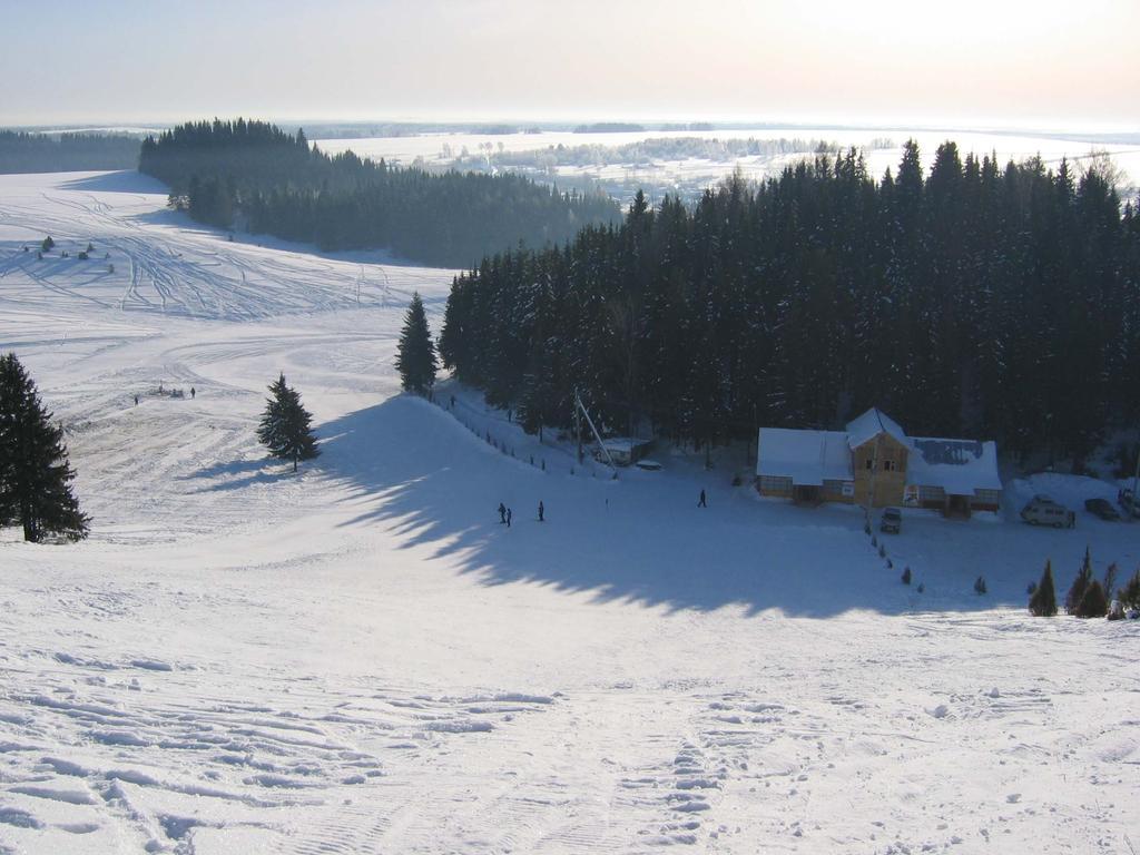 Вид с горы на базе Болгуры